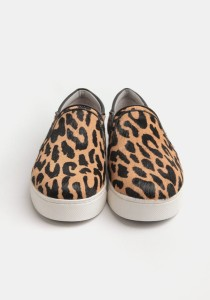Slip On Sneakers x