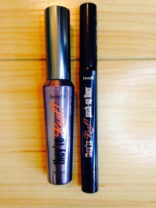 Benefit's Push-up Gel Liner creates the classic cat eye & red lippy x